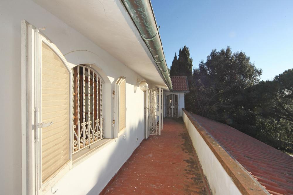 Villa libera su quattro lati con Parco Privato e vista Mare in vendita a Valle Benedetta