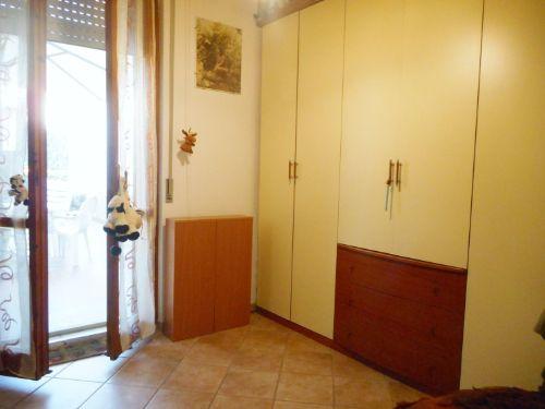 Appartamento con terrazzo e giardino a Villaggio Emilio-Stagno, con 3 camere e Garage in vendita