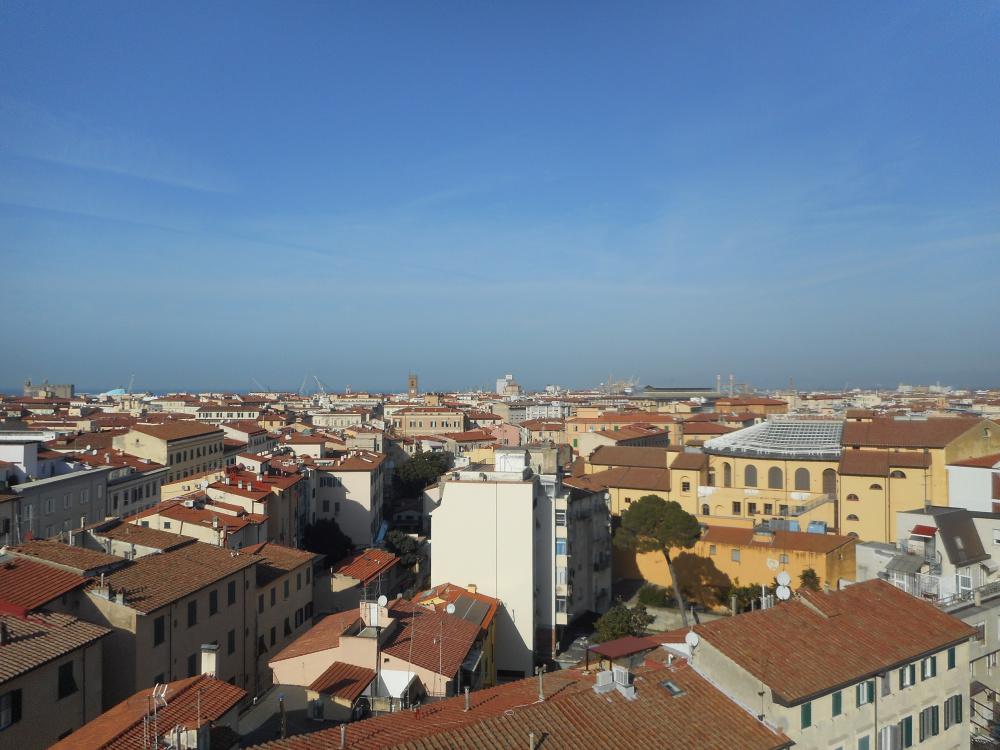 vista panoramica Attico zona centro con tre terrazze abitabile in vendita a Livorno
