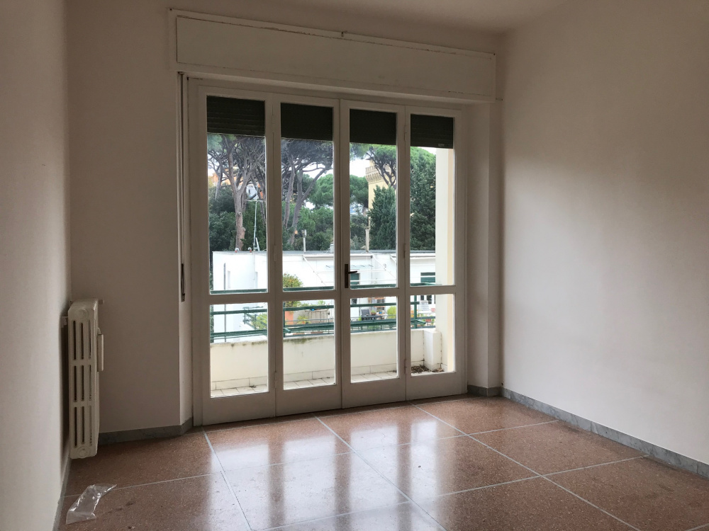 Appartamento in vendita a Livorno zona Calzabigi ampia metratura